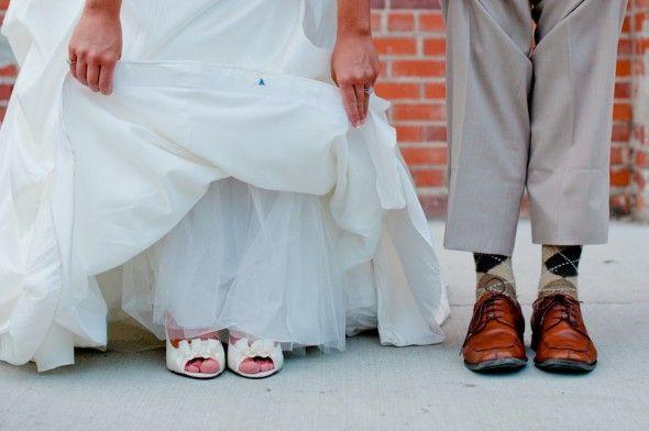 Wedding Shoes!: Wedding Touches, Industrial Chic Weddings, Favorite Hand, Wedding Ideas, Bobbi Wedding, Rustic Weddings, Wedding Photos, Hand Made, Secrets Ideas