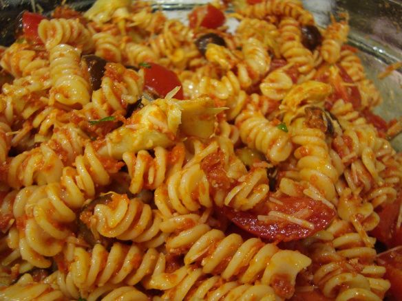 sundried-tomato-pasta-salad | DinDin | Pinterest
