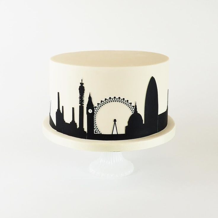 The London Skyline cake. Perfect for a city soirée. Order via info@rosalindmillercakes.com or 020 763 5447 or get in touch for info on pricing