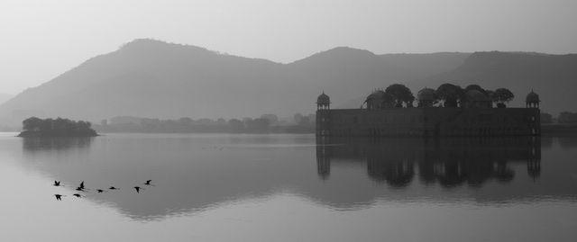 Jal Mahal lake palace in Jaipur, India