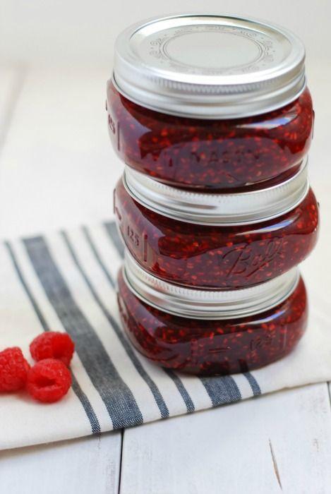 homemade raspberry jam  simplyhappenstance.com