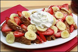 Low-Fat French Toast Recipe, IHOP Swap, Guilt-Free Breakfast Recipe | Hungry Girl