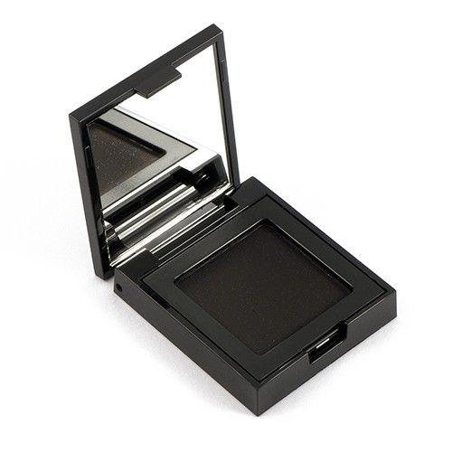 Ombretto Black Mamba 99,9% naturale.   Black Mamba è un nero con base opaca unita a perle bluastre dalla texture Shimmer. E' pensato per creare look drammatici e smokey eyes molto elaborati. Può essere applicato asciutto o bagnato. Ha una migliore resa se applicato con un pennellino a setole piatte, utile ad intensificare il nero. E' stratificabile e caratterizzato da un'alta densità di pigmento, ma al contempo consente un'ottima sfumabilità.