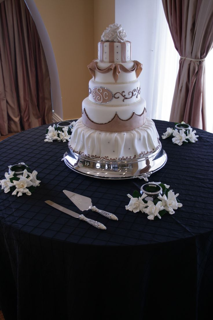 Classic Black Pintuck Cake Table. Simple & Elegant