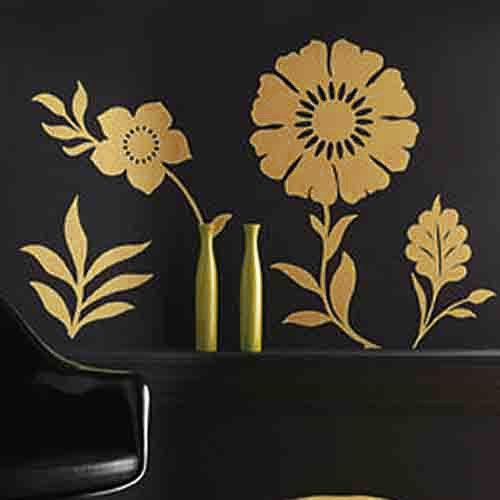 Gold flowers to suit luxe bedroom