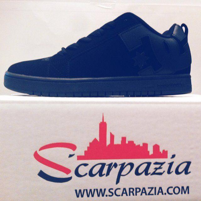 By @scarpazia http://www.scarpazia.com  Scarpe DC Court Graffik Black Black