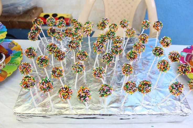Homemade Eggless birthday Cake Pops at Kidzee Pashan