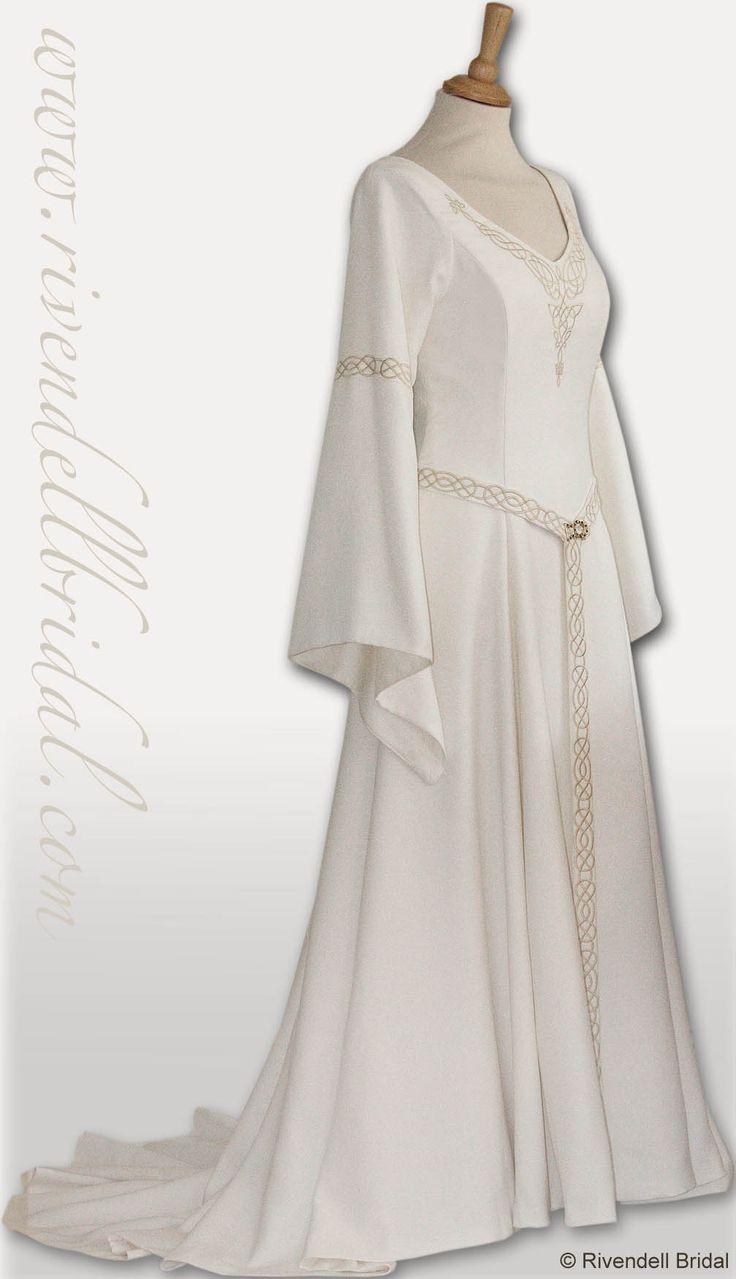 Best 109 LOTR Wedding ideas on Pinterest   Hobbit wedding, Lord of ...