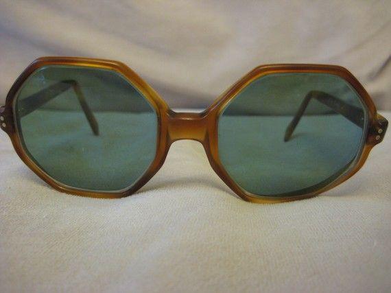 OMG i miei occhiali vintage!!! I love it!