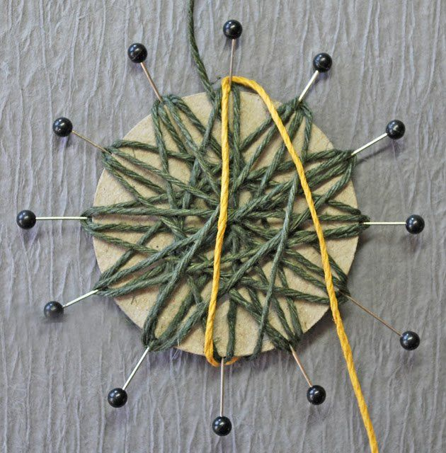 Rustic twine flowers (or jute flowers) are easy to make and adorable to use for whatever accessorizing you have planned. You can put them on vases, picture frames, Headbands, scrapbooks, homemade cards  etc. even you can use them for country wedding decor. What needed: Twine (cording, yarn, jute etc.) 2 inch circle cardboard 12 straight …