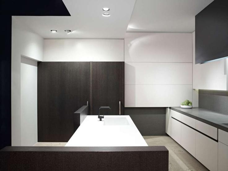 delta light belgium grand diro trimless and ultra spy. Black Bedroom Furniture Sets. Home Design Ideas