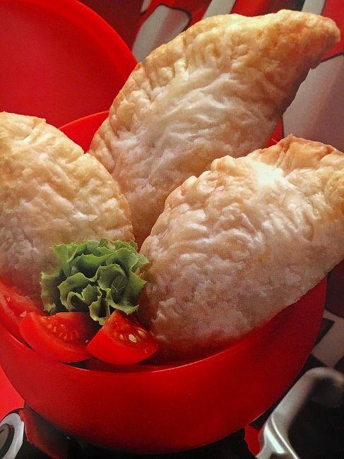 La ricetta della settimana: Mezzelune alla polpa di salmone con Colli Berici Sauvignon http://buff.ly/2kc559I