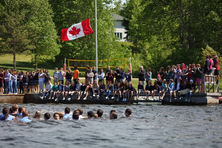4 Reasons Why Parents Choose Boarding School in Canada for Their Child