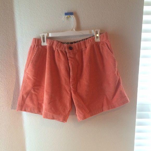 Suede peach shorts. Size L. Large suede peach shorts. Stretchable waist. Size large. Shorts Skorts