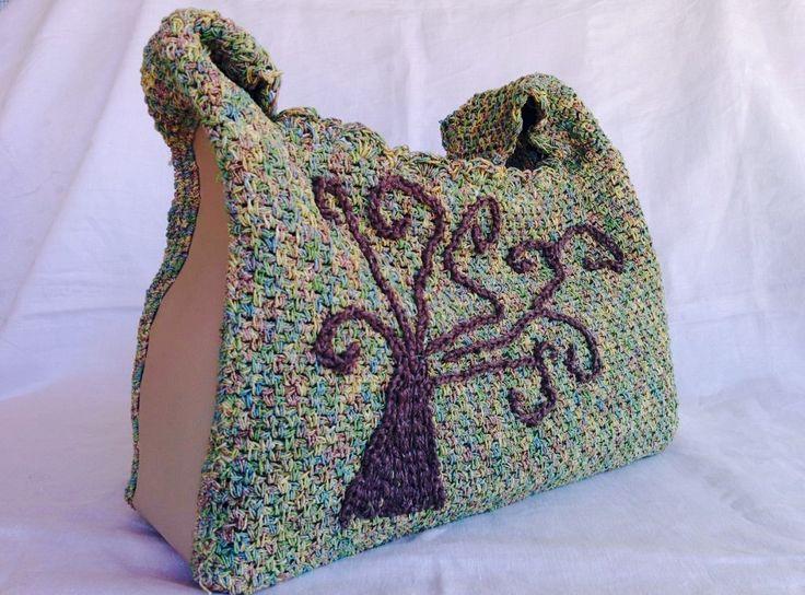 Borsa a spalla in filato melange nei toni del verde con albero ricamato, giro borsa in eco pelle : Borse a tracolla di bags-dream-team