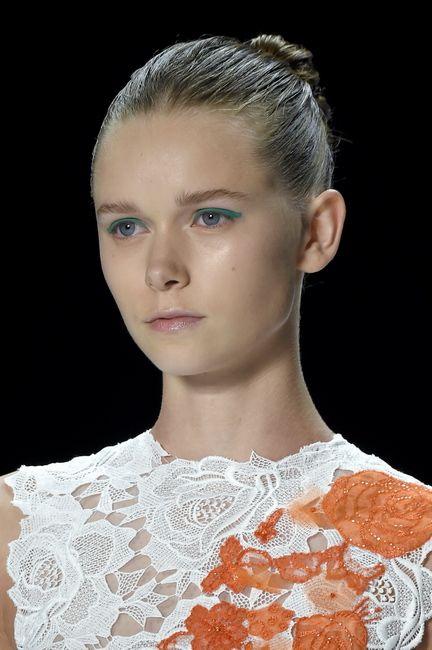 SS16 Monique Lhuillier lace dress sleek bun green eyeshadow green eyes