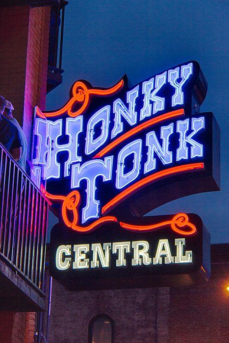 Nashville honky tonk central