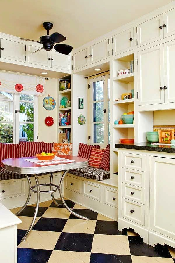 Best 25 vintage kitchen ideas on pinterest cozy for Small retro kitchen