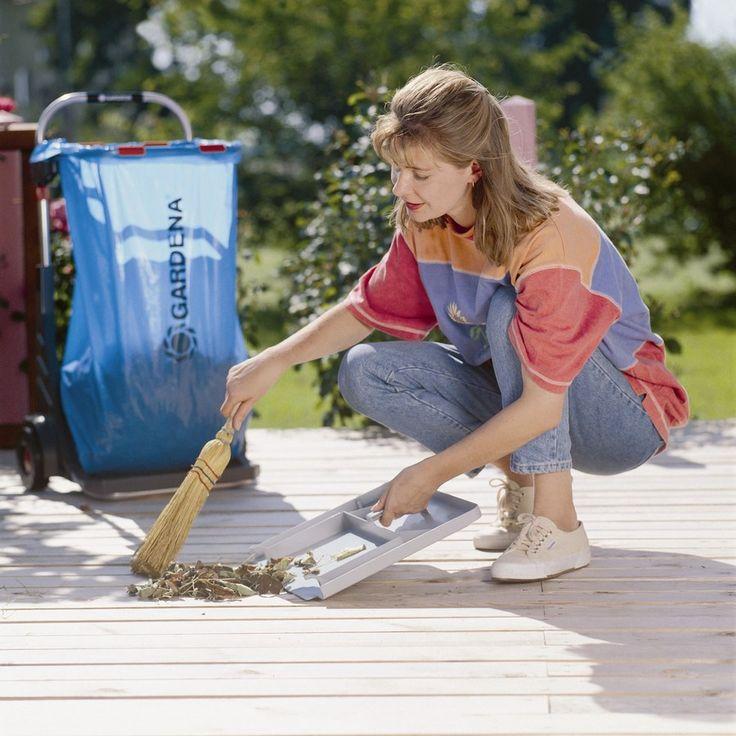 Így könnyebb, egyszerűbb a munka!  http://www.gardenaweben.hu/szerszam/szemetes-kuka/gardena-kerti-kocsi