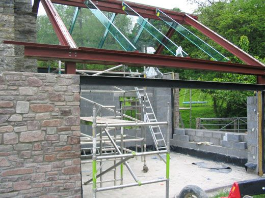 Trombe Construction - structural glass