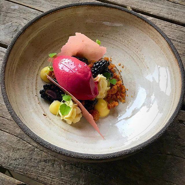 New dessert on the menu: Black berry ice cream • Black berries • Yuzu curd • White chocolate cream cheese • Crunch • Dried black berry yoghurt. Ceramic plate from @vastergardenchefrichardkarlsson