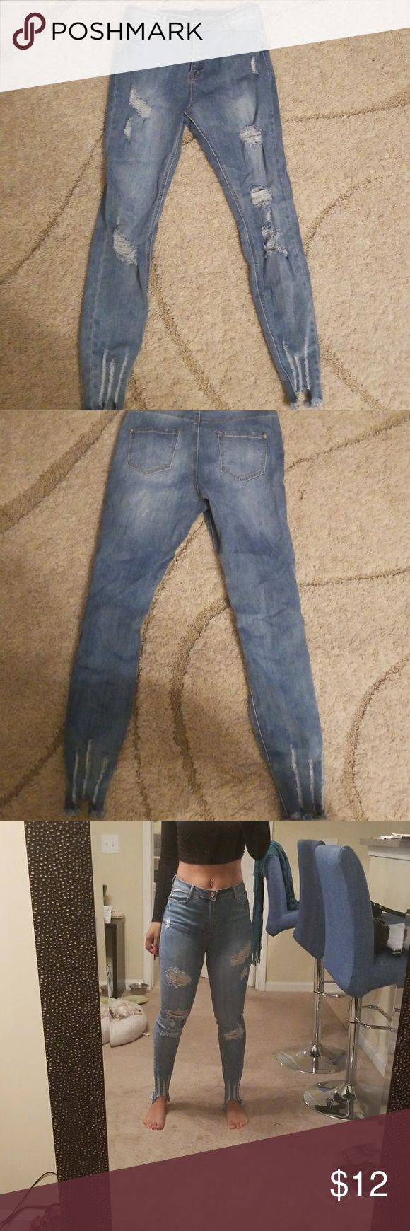 Misguided distressed skinny jeans Never worn out skinnies. Has stretch so they're definitely comfortable. No tags, I meant to keep them and just never wore them. Missguided Jeans Skinny