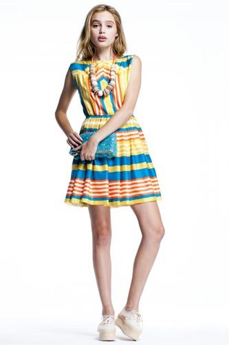 Spring To Life In Lauren Moffatt's Adorably Retro Sundresses