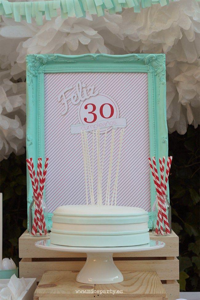 Nice party 30 cumplea os mint rojo mesa de dulces - 30 cumpleanos ideas ...