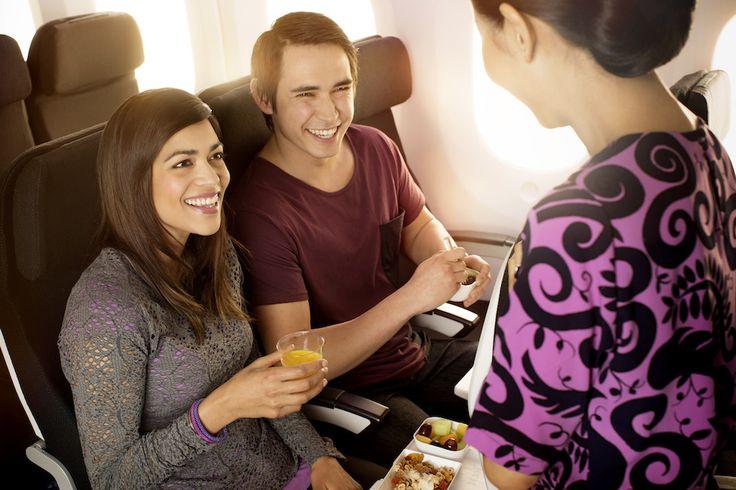Boeing 787-9 Economy Dining For more information on Air New Zealand's new Boeing 787-9 visit http://www.airnewzealand.co.nz/futuretakingflight #AirNZ #787-9 #AirNewZealand #NewZealand
