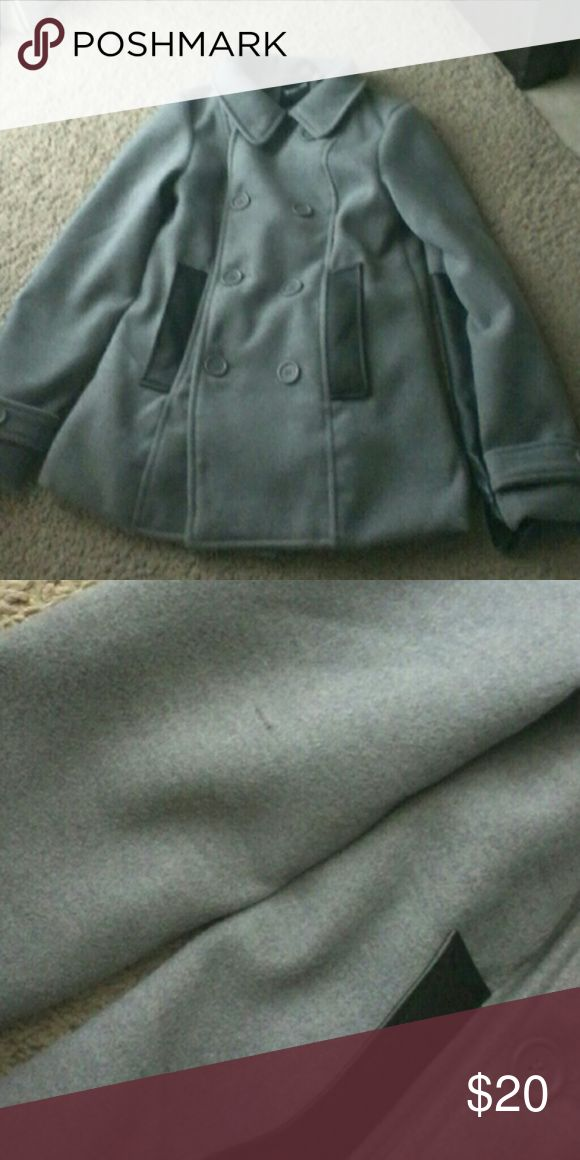 Girl's  peacoat  size 8 Girl's  peacoat  size 8. Never worn, only tried on. Small black mark on left arm, but you can barely see it. me jane Jackets & Coats Pea Coats