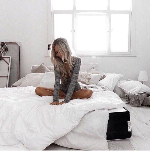 Imagen de beautiful, girl, and bed