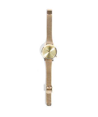 Sieraden komono estelle royale - Horloge van het Belgische merk Komono, uitgevoerd met een Japanse Quartz-systeem. Het horloge heeft een roestvrijstalen polsband, goudkleurige wijzerplaat en is waterbestendig tot 30 meter diep.Diameter kast: 35 mm Hoogte/dikte kast: 8 mm Breedte band: 16 mm Lengte band: 160-210 mm