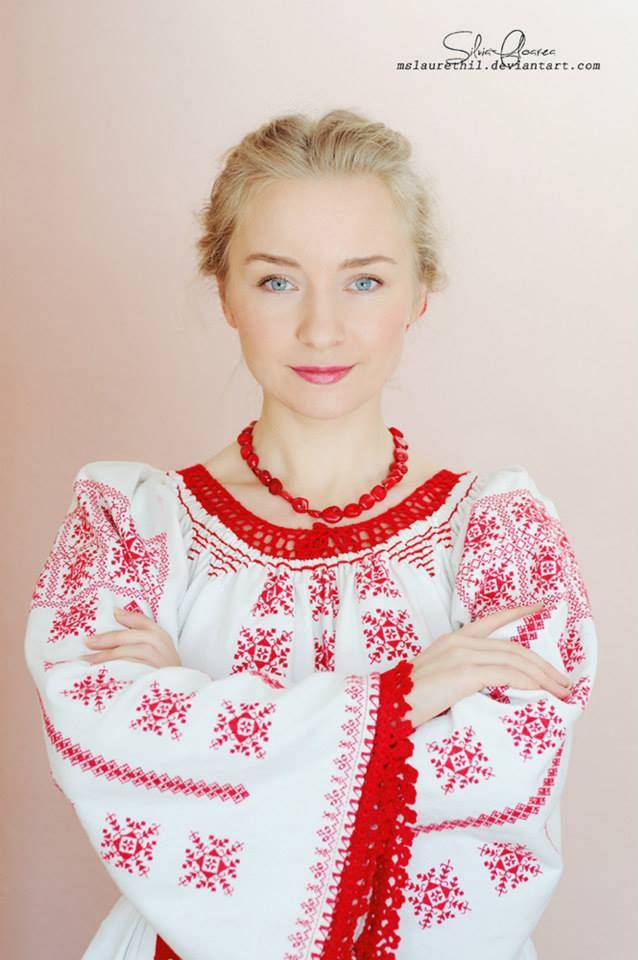 """Silvia Floarea Toth, a young woman that is considered an ambassador for Romania, an idol for the traditional clothing from her native area, Nasaud. She started sharing her self portraits wearing her grandmother traditional blouse."" (Simona Moon)"