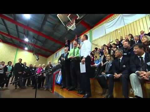 How are those Tasmanian pre-election promises? Tony Abbott visits swing seats - YouTube