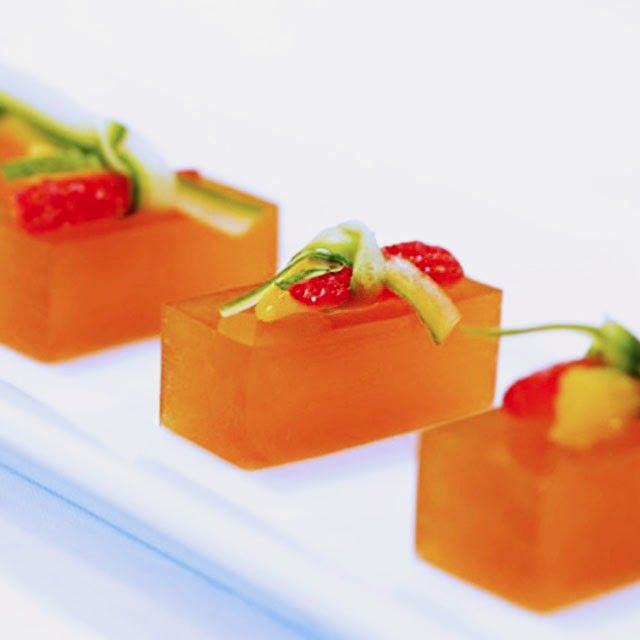 Jelly Shot Recipes | Jelly Shot Test Kitchen: Pimms Cup Jelly Shots