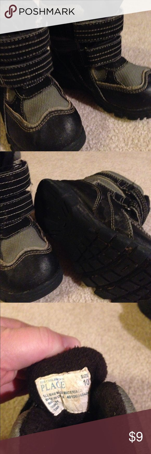 Children's place boys snow boots size 10 Childrens place snow boots, Velcro straps- size 10.  Navy blue and grey. Shoes Rain & Snow Boots