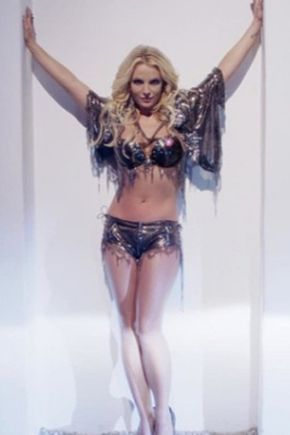28 of the Sexiest Instagram Snaps Britney Spears Has Ever Posted