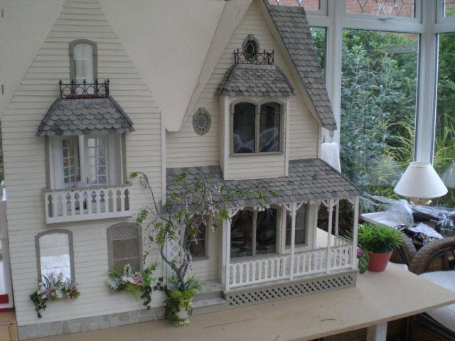 Kitchen door side of Victoria Villa - Garfield - Victoria Villa - June 09 - Gallery - The Greenleaf Miniature Community