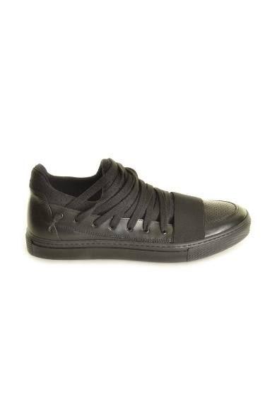 """Уважающий себя мужчина, никогда не будет экономить на часах и обуви.   Мы ждем Вас сегодня!  Xagon Man, ТРЦ """"Гулливер"""", 3 эт. маг.""""Ragazzo italiano"""", пл.Спортивная, 1а, тел.: +38 068 970 44 42   #xagonman #киев #man #fashion #украшения #стильный #стиль #мода #тренд #style #shopping"""