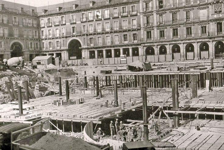 Construcción del aparcamiento subterráneo en Plaza Mayor, 1968- Portal Fuenterrebollo