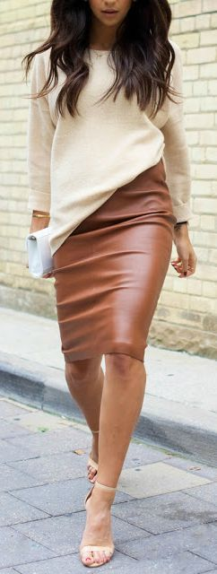 A leather pencil skirt is a timeless classic, and this tan skirt, coupled with a soft, cream, jersey top is so stylish. Perfect for autumn/winter - team with nude heels for maximum effect.
