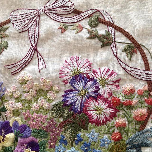 Projeden detaylar...#embroidery #nakış#handmade #elişi #dekoratifnakış #