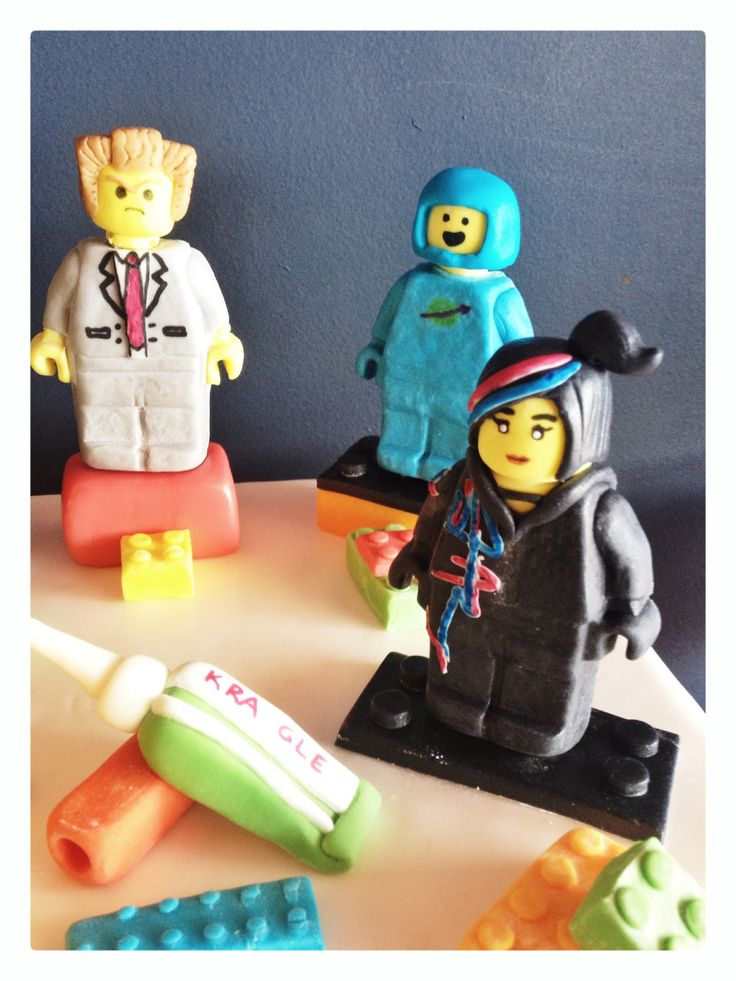 More Lego Movie fondant characters