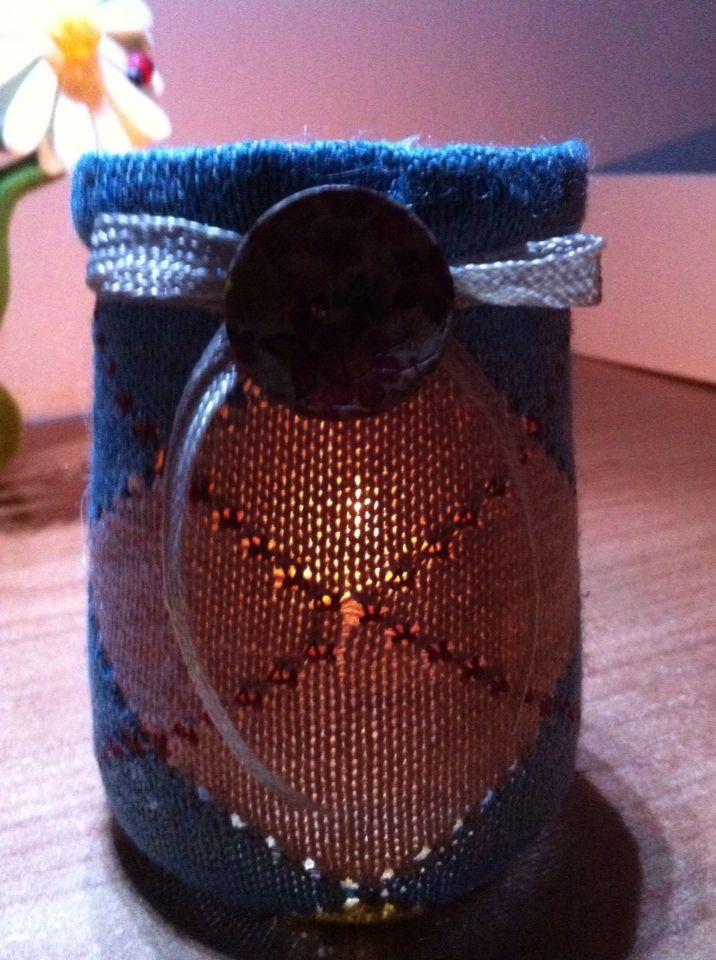 Barattolo riciclato in vetro rivestito con calza di lana !