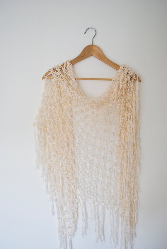 white cream shawl triangle crochet solomon's knot by annerstreet