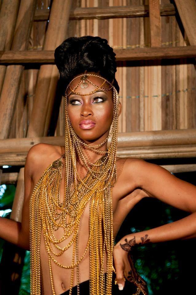 African Queen Nadia Fouman