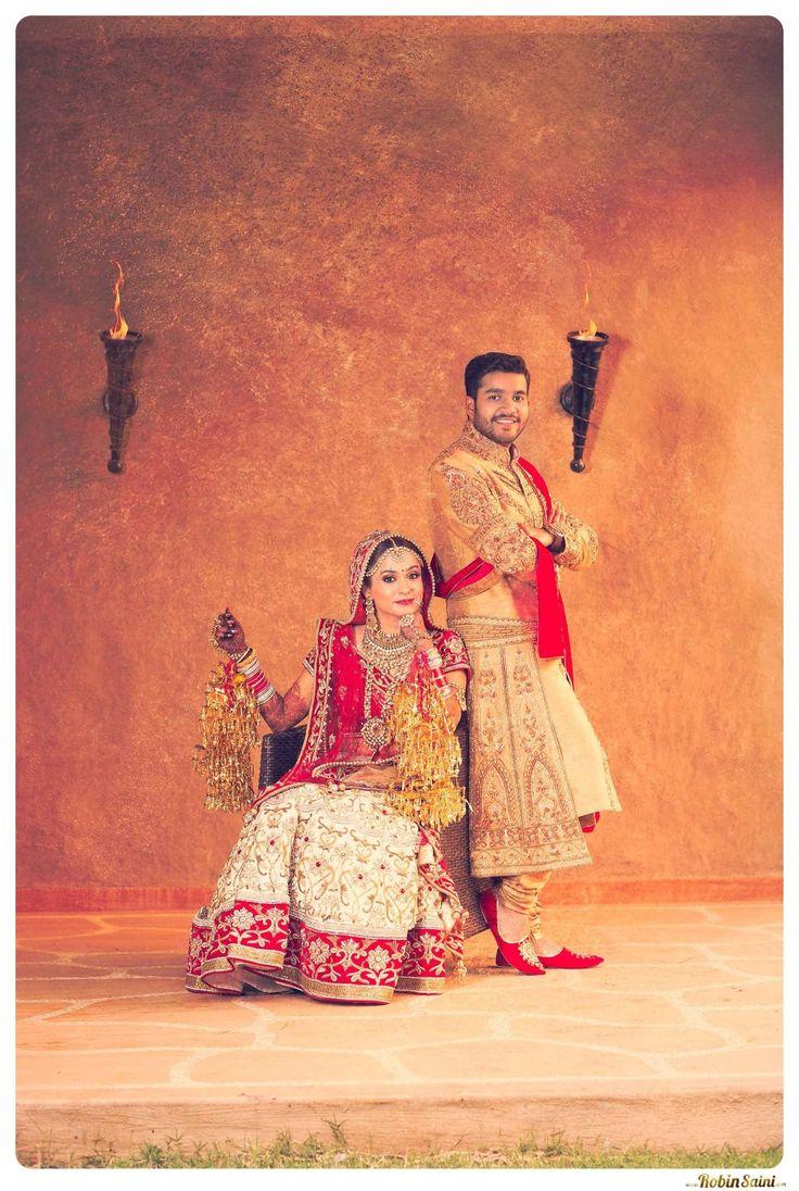 Big-fat-gujarati-wedding-couple-shoot-by-Robin-Saini