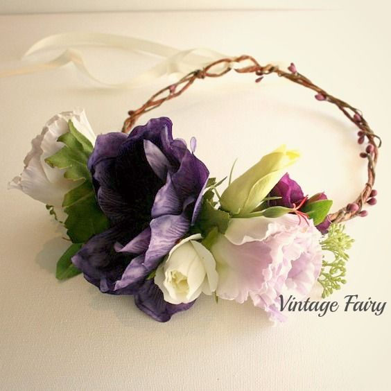 Welcome to Vintage fairy This flower crown is made from gorgeous quality silk flowers. Gorgoeus poppies adorn this crown, the flowers are clustered to the side. Purple berries trwist around the crown Wedding, bride, flower girl, bridesmaid, special occasion, spring festivals, music festivals, mother of the bride, spring races, head piece, hair wreath, halo, hair accessories