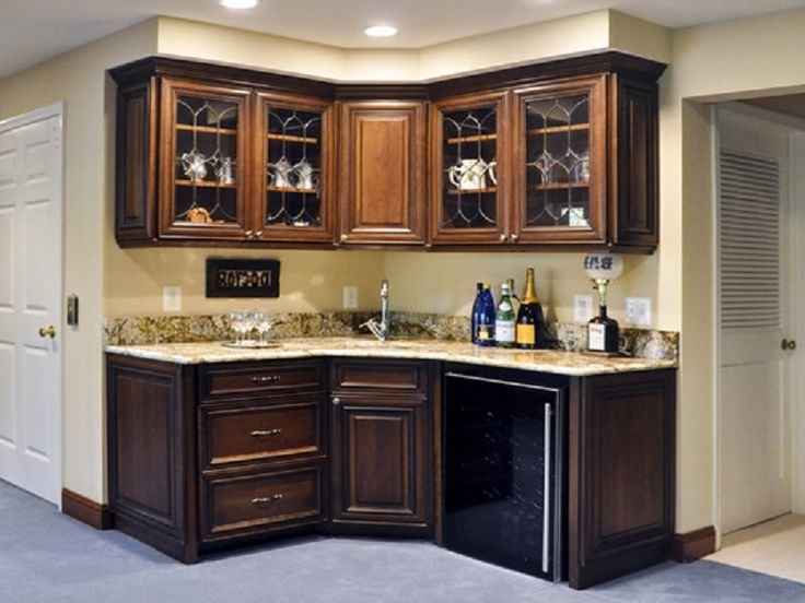 Elegant Foyer Hutch And Corner Basement Wet Bar In English Country Style ~ http://lanewstalk.com/basement-wet-bar-designs-which-beautify-your-house/