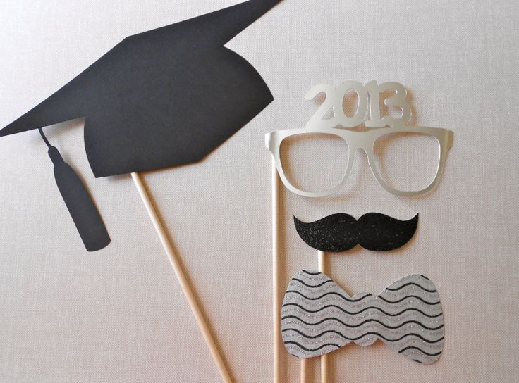 Graduation Photo Booth Props- would be cute to do for Kindergarten with their graduation year!